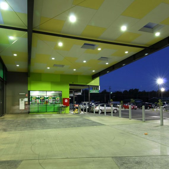 Fernvale Villiage Shopping Centre by Push Architecture Brisbane. Woolworths retail and cinema. Brisbane AIA Qld Architecture Awards 2010, Darling Downs Retail Award