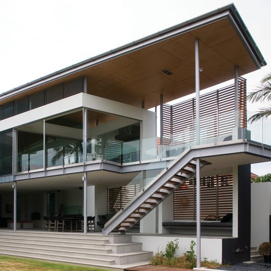 Brisbane architect Push 103 residence house architecture house design awarding winning 2007 AIA Queensland architecture awards Brisbane regional commendation brisbane